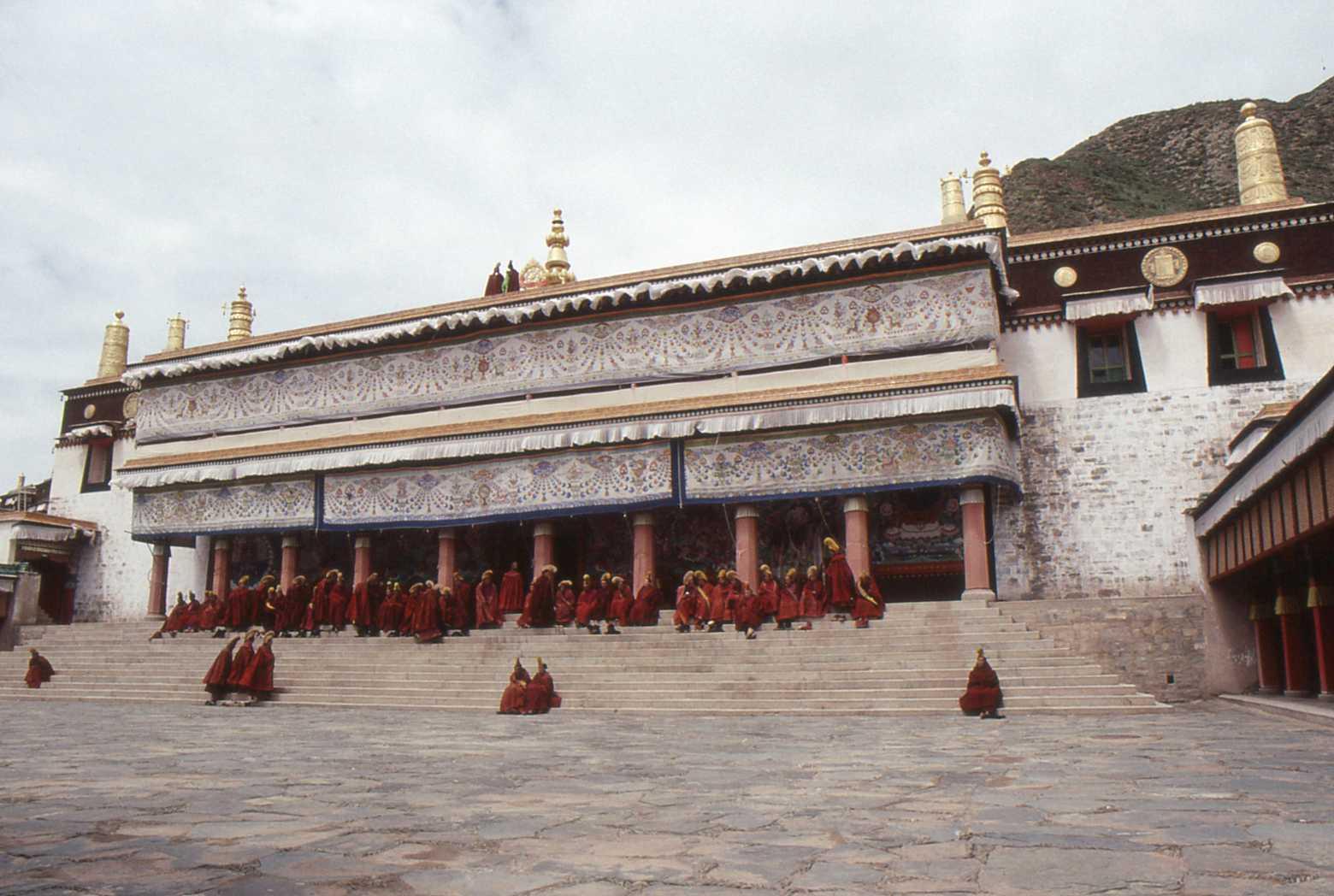 1991_07_Xiahe_Labrang_Monastery_050